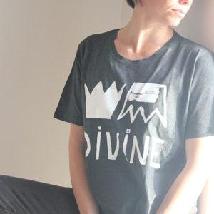 Ana Deman, T-shirt Divine gris